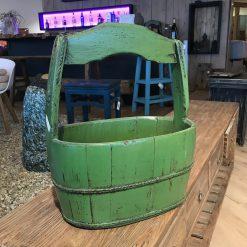 Holzkorb Oval Grün mit Griff
